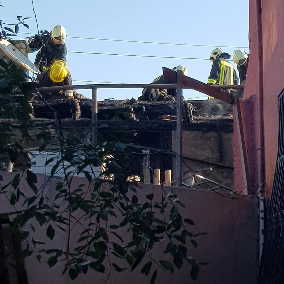 Keçmiş mətbuat katibinin evi yandı