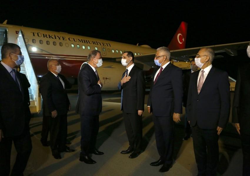 Hulusi Akar və Türk generalları Bakıda - FOTOLAR