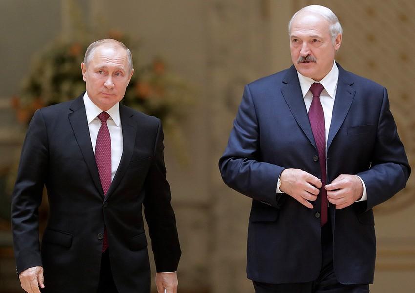Putin Lukaşenko ilə görüşməyəcək - Kremldən açıqlama
