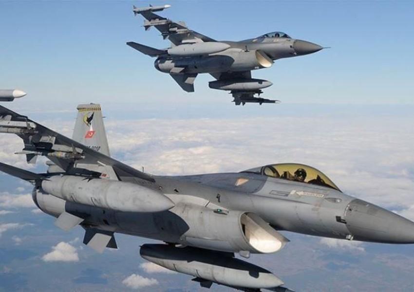 """Türkiyənin Konya şəhərində """"F-5"""" qırıcısı qəzaya uğrayıb"""