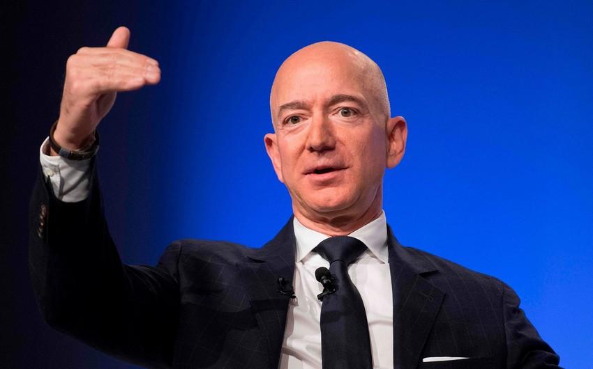 Dünyanın ən varlı adamı bir günə 6,8 milyard dollar itirib