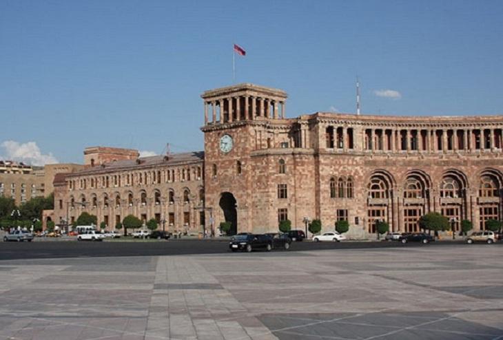 Ermənistanda daha 1385 nəfərdə virus çıxdı