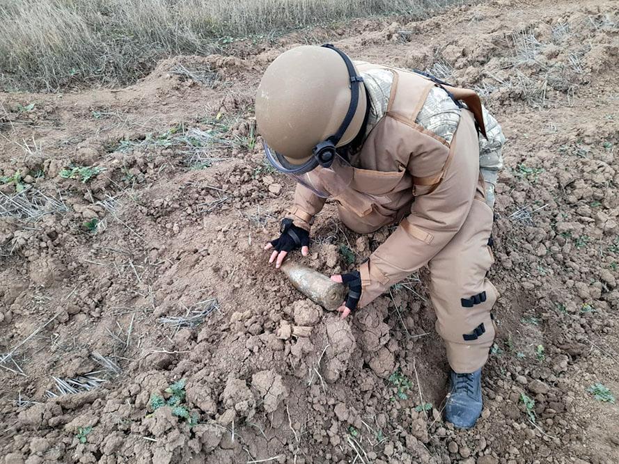"""MN: """"Qarabağ zonası mina və partlamamış döyüş susrsatlarından təmizlənir"""" - VİDEO"""