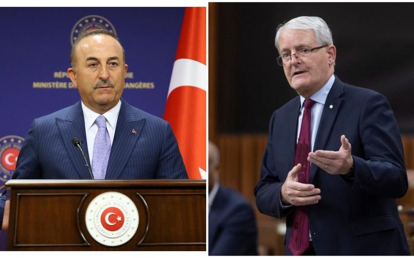 Türkiyə və Kanada XİN başçıları telefonla  danışdı