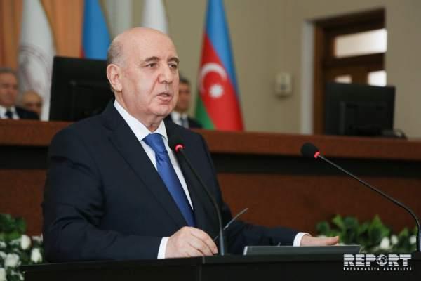 """""""Bu, Azərbaycan səhiyyə sisteminə ciddi təzyiq edir"""" - Əhliman Əmiraslanov"""